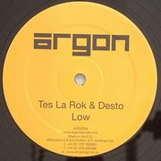Tes La Rok & Desto - Low