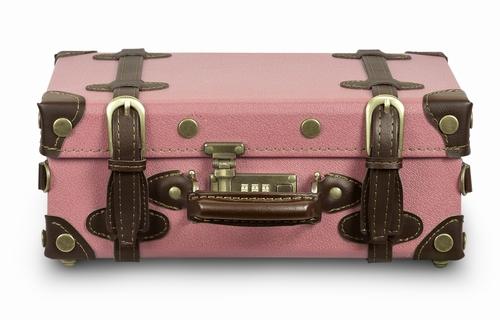 retro punk koffer pink messenger vintage koffer pr sentiert von klang und kleid. Black Bedroom Furniture Sets. Home Design Ideas