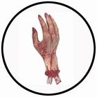 Abgetrennte blutige Hand