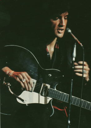 Elvis Presley - With Guitar