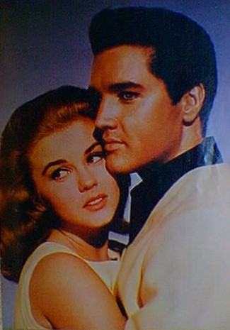 Elvis Presley - With Girl, innige Umarmung