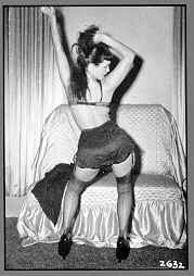 Bettie Page - Posing