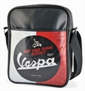 1 x VESPA SCHULTERTASCHE - TRAVEL BUDGET SCHWARZ