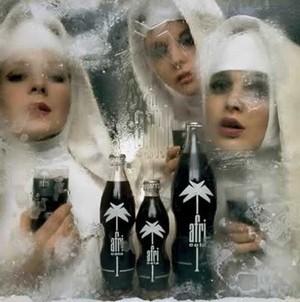 Afri Cola: Nonnen