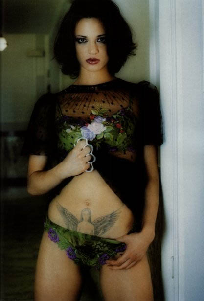 asia argento tattoo. Dario Argento#39;s Tochter hat in